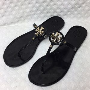 Tory Burch Mini Miller Size 7